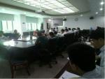 公司总经济师郑群到第三党支部讲专题党课